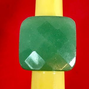 Jewelry - Vintage Faceted Jade Ring Sz 5.75